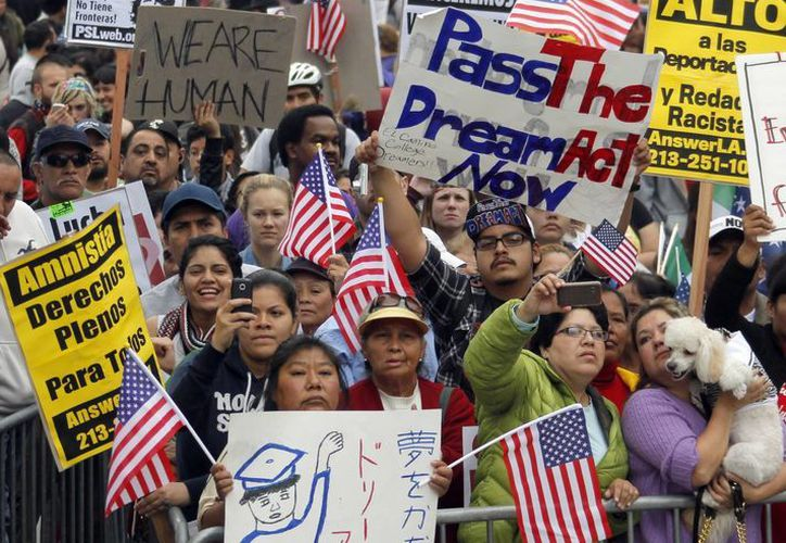 Quienes rechazan la ley señalaron que favorece la inmigración ilegal. (Agencias)
