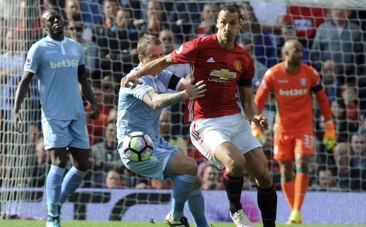 Zlatan Ibrahimovic salvó al Manchester United, en el segundo partido de la Europa League, el pasado jueves. (Rui Vieira/AP)