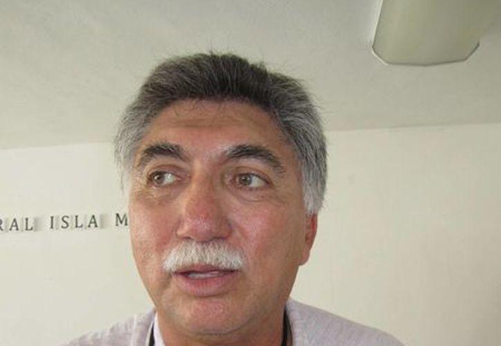 Juan Lorenzo Ortegón Pacheco llegó a conocer las instalaciones del Hospital Integral. (Lanrry Parra/SIPSE)