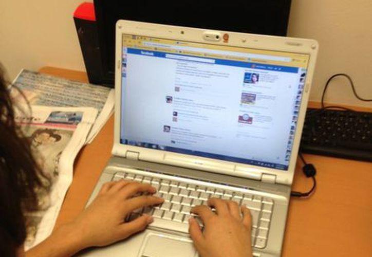 Estadísticas entre 2011 y 2012, asegura que las redes sociales son el segundo sitio en donde se busca más información. (SIPSE)