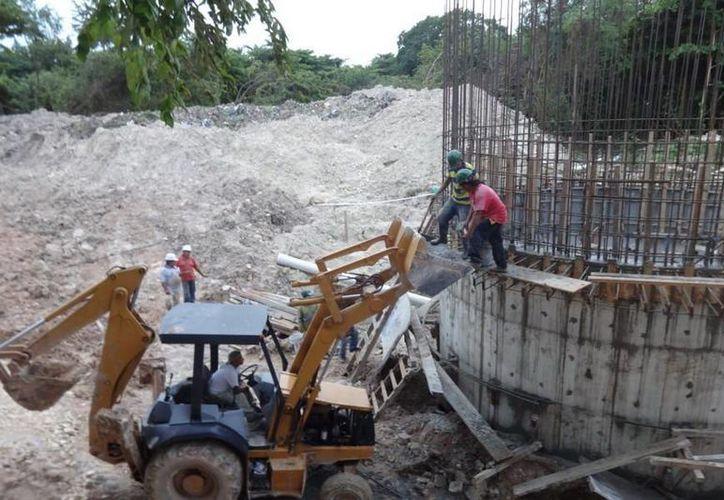 Las obras beneficiarán a más de 60 mil habitantes de Chetumal, que no cuentan con el servicio. (Cortesía)