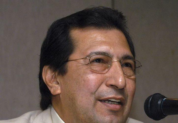 Adán Chávez hermano mayor del presidente, Hugo Chávez. (EFE)