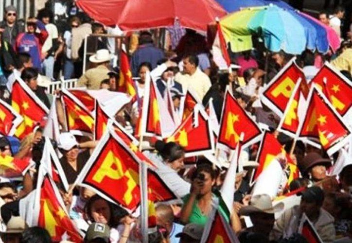 El Partido del Trabajo podría salvar su registro sumando los votos que obtenga el próximo domingo en la elección extraordinaria en el distrito 01 de Aguascalientes. (Archivo/Agencias)