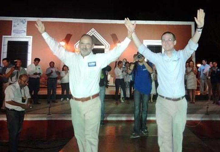 Gustavo Madero y su compañero de fórmula, Ricardo Anaya, durante una de sus visitas a Yucatán. (SIPSE)