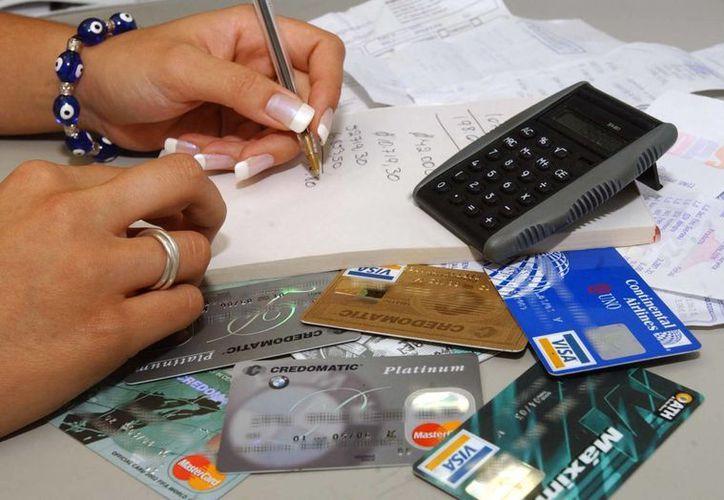 Las quejas contra los bancos son principalmente por cargos ya saldados o gastos no realizados por el usuario.  (Redacción/SIPSE).