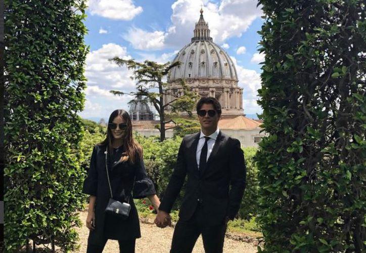 Ximena y su esposo llevan dos meses viajando por Europa y Asia. (Foto: Ximena Navarrete/Instagram)