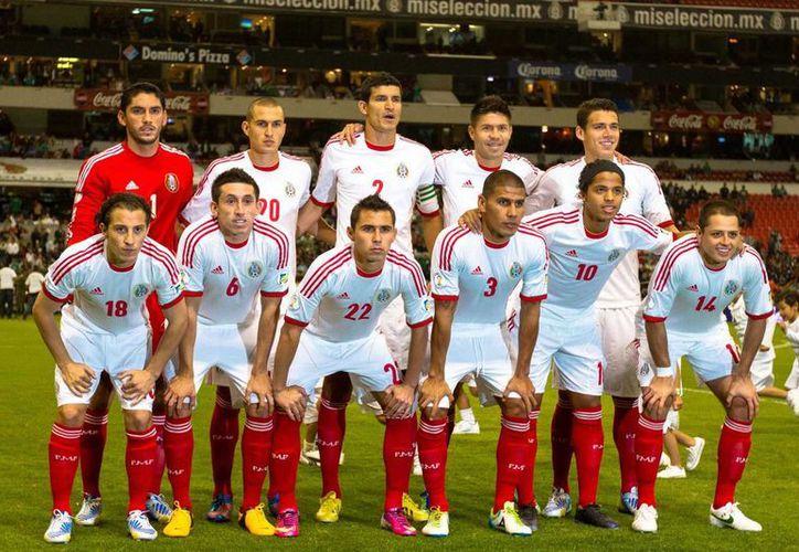 La alineación de México para el partido ante Jamaica. (Notimex)