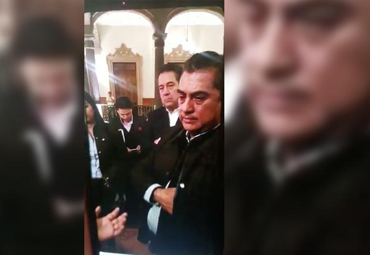 El gobernador de Nuevo León le reprochó a la señora su petición. (Internet)
