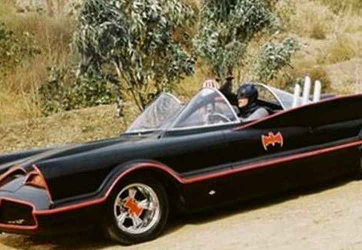 El Batimóvil de 1966 ya cuenta con protección federal para evitar que sea víctima de la piratería. (suggestkeyword.com)