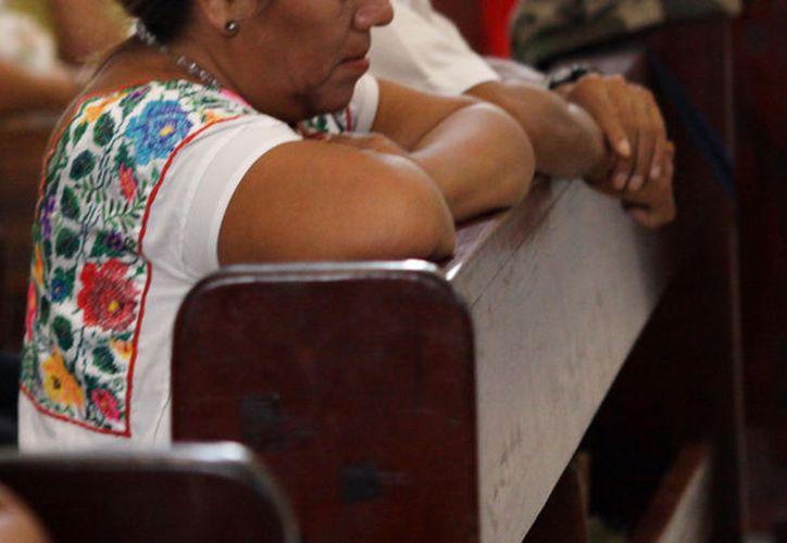 """El Gobierno busca que las iglesias """"ayuden"""" en la alfabetización de los adultos. La imagen es únicamente ilustrativa. (Milenio Novedades)"""