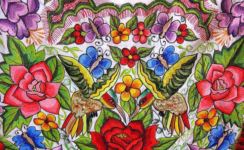 El bordado yucateco se caracteriza por su gran colorido. (flickr.com)