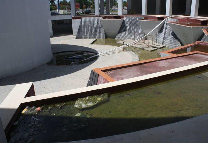El Centro de Educación Climática se encuentra sin uso debido que se inunda constantemente. (Harold Alcocer/SIPSE)