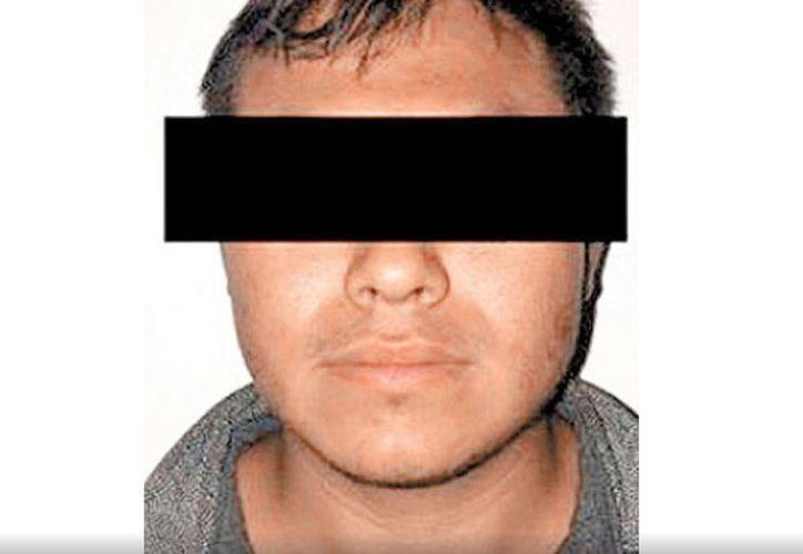 El acusado fue detenido junto con otros tres sujetos, quienes se encontraban en posesión de un arma de fuego. (Facebook)