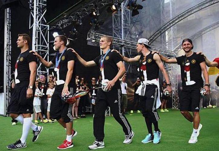 """Los medios de comunicación argentinos tacharon de """"racistas"""" a los seleccionados alemanes del 'baile del gaucho'. (Agencias)"""