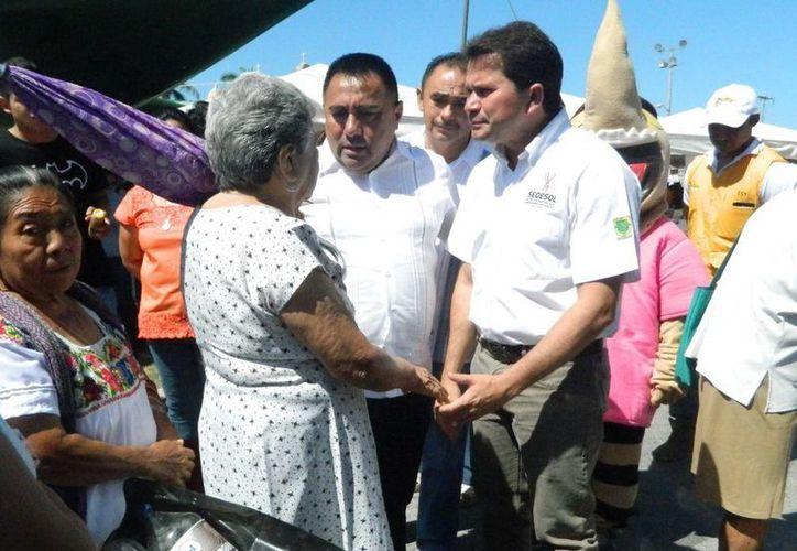 'Recicla por tu Bienestar' se realizó ayer en Tixkokob y fue encabezado por el titular de Sedesol Mauricio Sahuí Rivero. (Milenio Novedades)