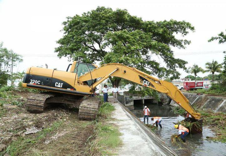 El drenaje pluvial de la avenida Erick Paolo Martínez, en la capital del Estado, es una de las obras de infraestructura que sobresalen. (Harold Alcocer/SIPSE)