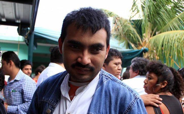 Einer Rodríguez Vargas  es un  joven con capacidades especiales que acude al Centro de Atención Múltiple (CAM) de Oriente. (José Acosta/SIPSE)