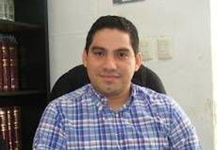 """""""Tenemos que recordarle a los ciudadanos por qué el PAN es la mejor opción"""", aseguró el candidato Jesús Pérez Ballote. (Milenio Novedades)"""