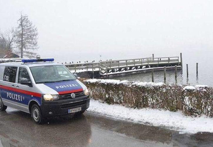 La policía realiza las investigaciones de la muerte de los ancianos en Austria. Foto de contexto. (telecinco.es)