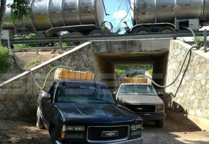 El ducto de Pemex de la carretera Mérida- Progreso ha sido víctima de tres ataques. (Milenio Novedades)