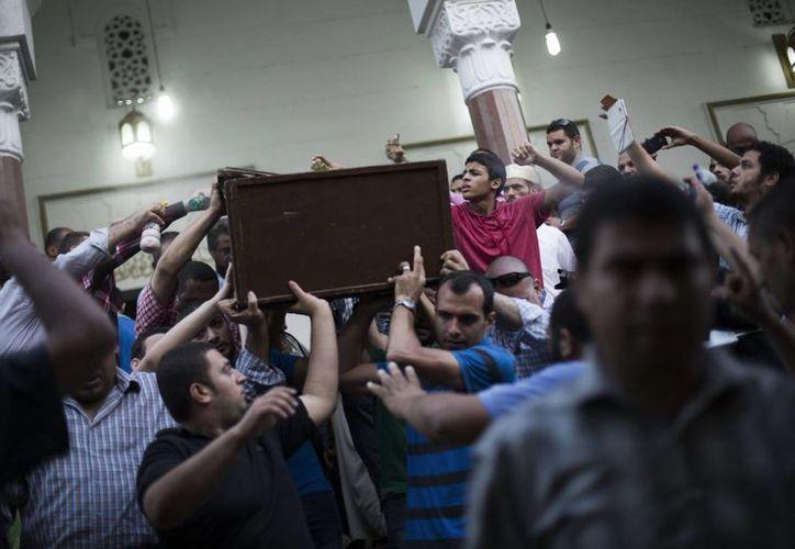 Hasta el momento han fallecido más de 600 personas por la violencia. (Agencias)