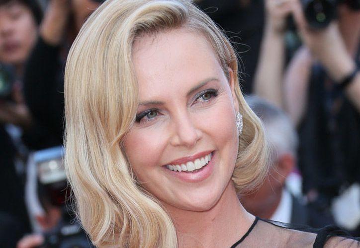 La actriz reunió fuerzas para mudarse a Hollywood y cambiar de vida. (Hola)