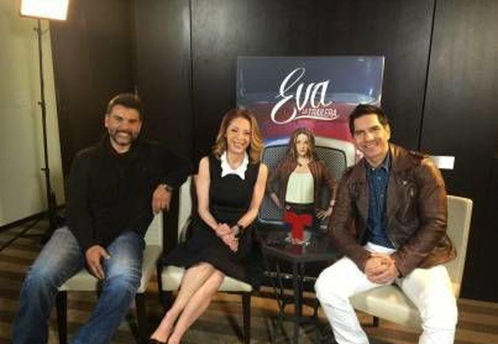 La actriz mexicana compartirá créditos con Jorge Luis Pila y Arap Bethke, tal y como fue en la telenovela  'Doña Bárbara'. (Notimex)