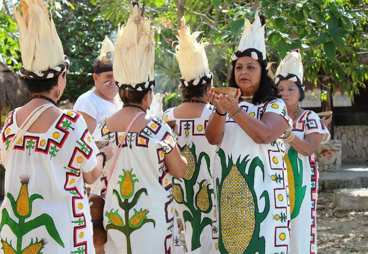 La beca puede financiar proyectos de rescate de usos y costumbres, urdido de hamacas,  tradicionales, música, danza o teatro. (Foto: Octavio Martínez)