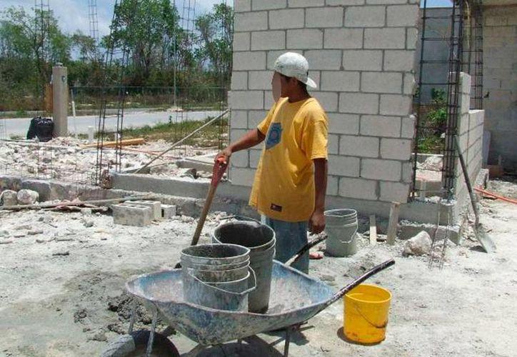 Según los dirigentes de la CROC, el aumento al salario que tendrá Yucatán en octubre reactivará la economía local. La imagen es contexto, y sólo se utiliza con fines ilustrativos. (Archivo/Milenio Novedades)