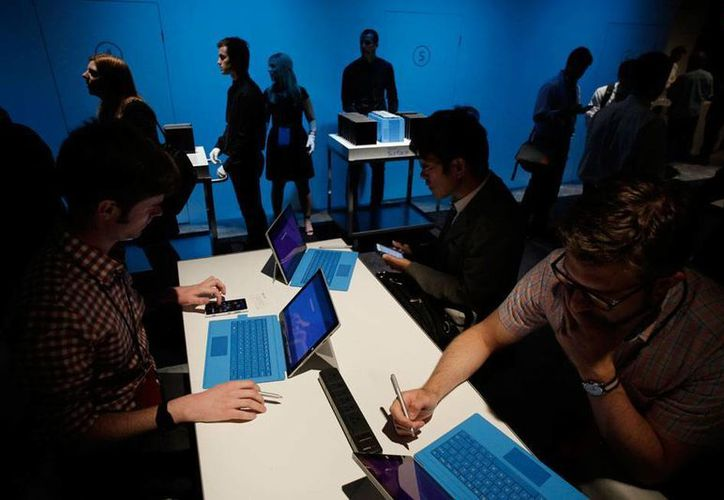 Presentación de la Surface Pro, de Microsoft, que pretende ser el lanzamiento del año. (AP)