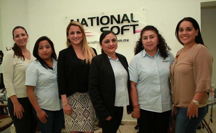 En National Soft, las mujeres destacan en diferentes áreas, en especial en jefaturas estratégicas para el funcionamiento y expansión. (Jorge Acosta/ Milenio Novedades)