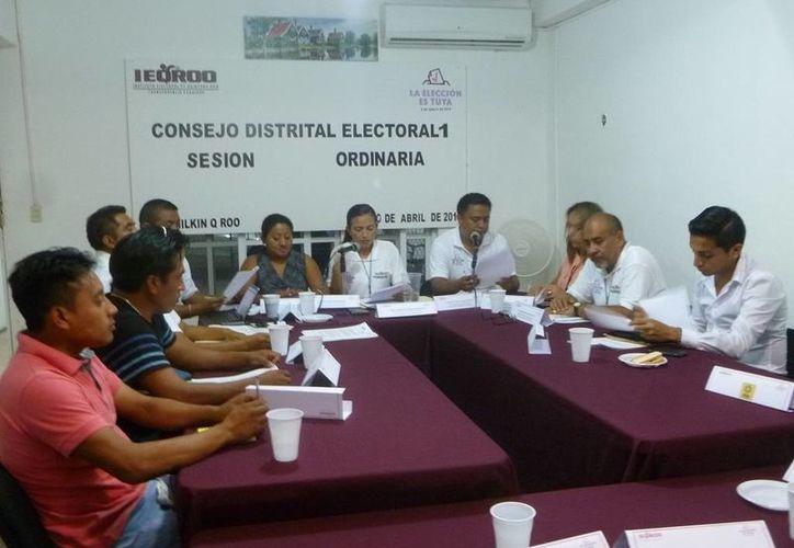 Integrantes del Consejo Distrital del municipio Lázaro Cárdenas. (Raúl Balam/SIPSE)