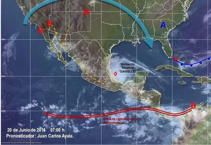 Las autoridades establecieron una Zona de Prevención desde Laguna Verde hasta Río Pánuco, en el estado de Veracruz. En la imagen se muestra la ubicación actual del fenómeno. (SMN)