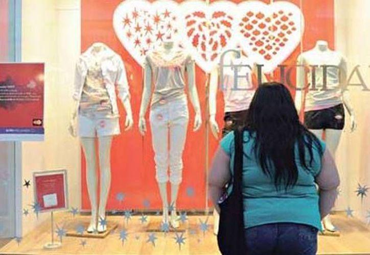 Las consecuencias de los estándares impuestos por la industria de la moda son el detonante de distintos tipos de trastornos alimenticios en todo el mundo. (taringa.net)