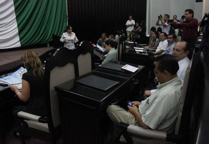 Con 18 votos a favor y cuatro en contra, diputados determinaron establecer el nuevo concepto de cobro. (Harold Alcocer/SIPSE)