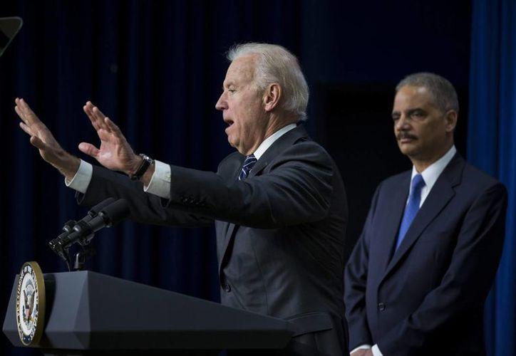 El Servicio Secreto revisa la residencia del vicepresidente Joe Biden en busca de impactos de bala. (EFE)