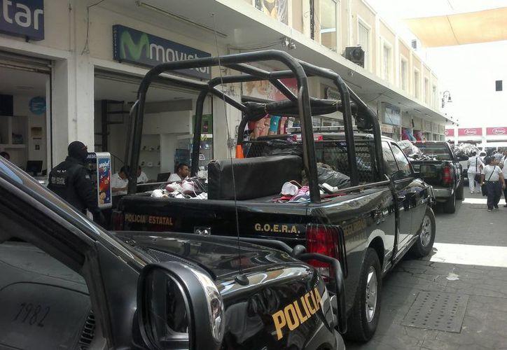 El operativo se centró en el contrabando de zapatos. (Jorge Pallota/SIPSE)