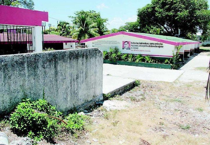 La escuela nació en los 70, en tiempos del entonces gobernador del territorio de Quintana Roo, Javier Rojo Gómez. (Tomás Álvarez/SIPSE)