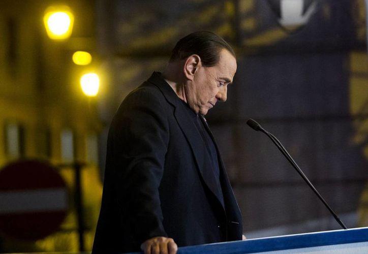 Berlusconi está 'enojado por una sentencia injusta', aseguró su novia Francesca Pascale. (Agencias)