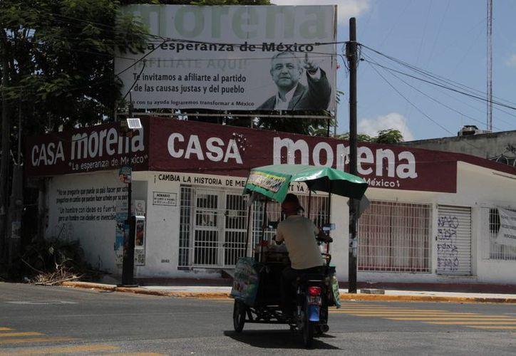 Morena empleará el dinero que reciba en el pago de un local, luz, agua, teléfonos y papelería. (Tomás Álvarez/SIPSE)