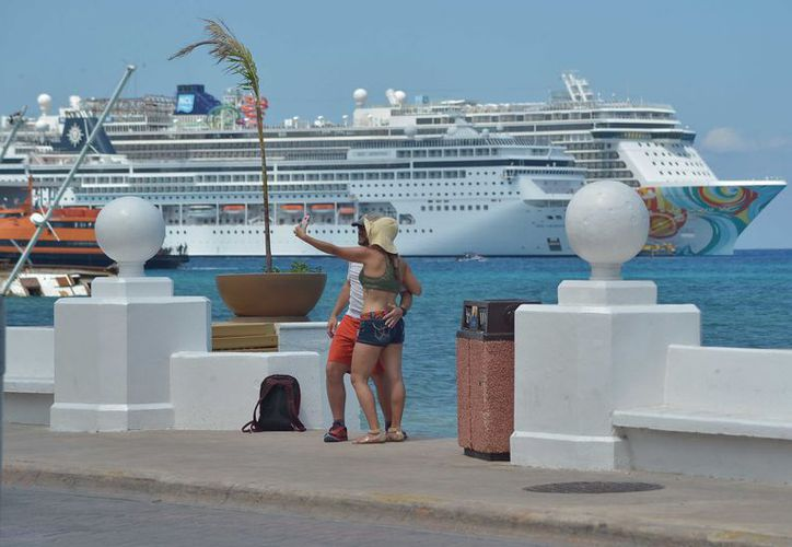 La Royal Caribbean International transportará 30.07% en cuatro navíos. (Gustavo Villegas/ SIPSE)