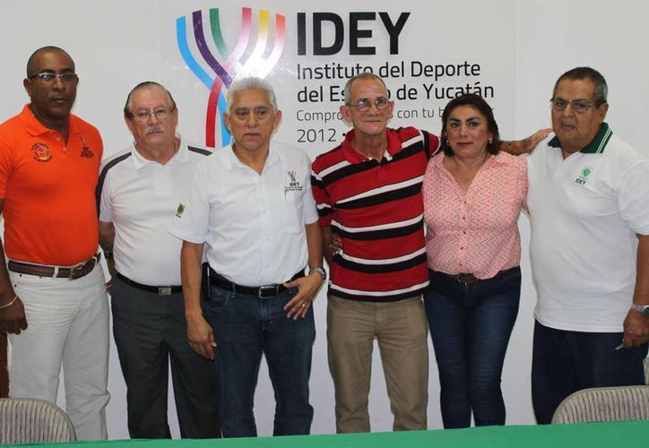 Juan Manuel Ríos Álvarez durante su presentación el día de ayer en el IDEY. (Milenio Novedades)