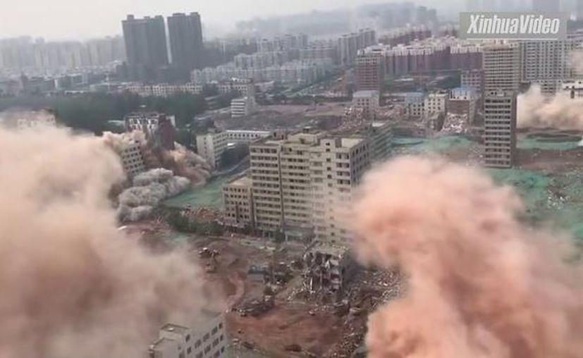 La demolición, la más grande en su tipo en China, tiene el objetivo de darle una nueva vida a la zona. (López Dóriga Digital)