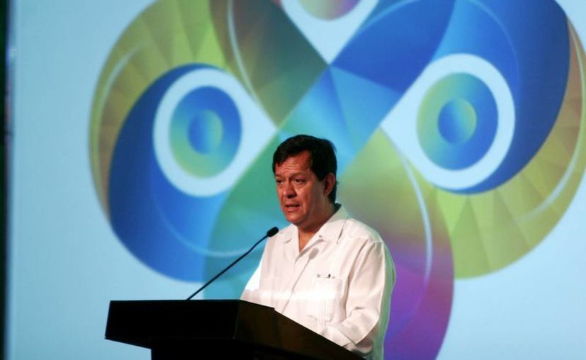 El subsecretario de Gobernación, Roberto Campa Cifrián, en su participación. (Christian Ayala/SIPSE)