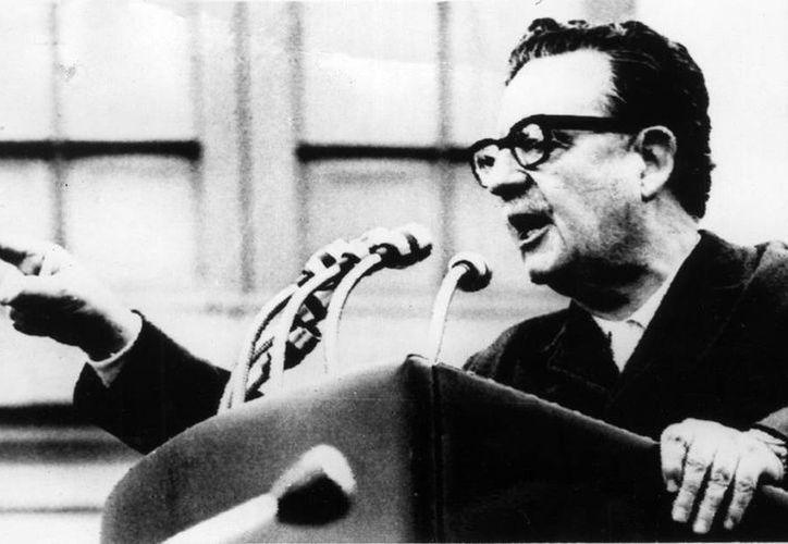 Imagen de archivo del presidente presidente socialista de Chile (1970-1073), Salvador Allende, al pronunciar un discurso. (EFE)