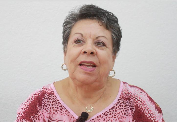 Actualmente Yolanda Hernández Lugo es titular de Grupo Desafío, organismo sin fines de lucro que contribuye en la detección oportuna de la enfermedad. (Foto y video: Sergio Orozco/ SIPSE)