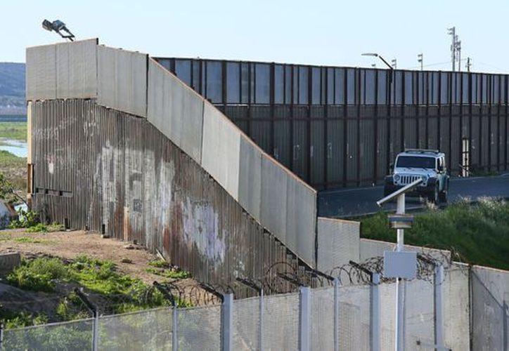El 10 de marzo se recibirán los prototipos para construir el muro. (Foto: BBC)