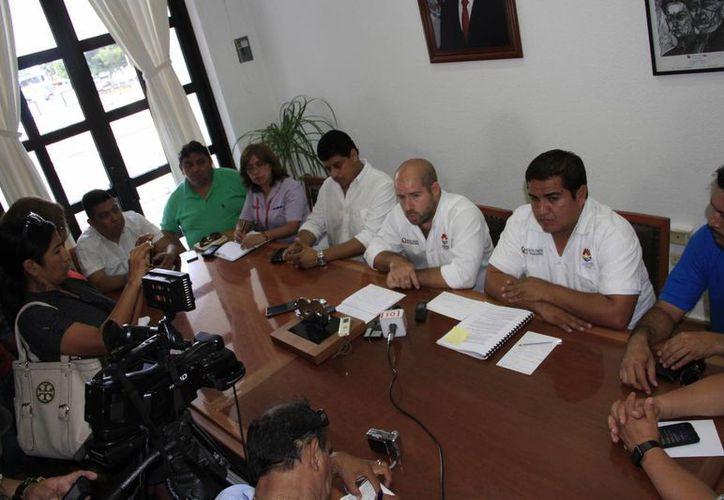 Los miembros del Cabildo aprobaron reforzar la transportación. (Tomás Álvarez/SIPSE)