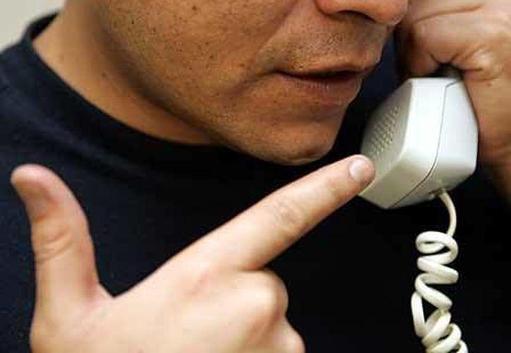 """La gerente indicó que recibió una llamada de una persona quien le dijo que era del grupo de los """"zetas"""". (Contexto/Internet)"""