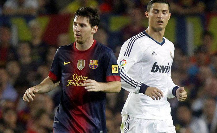 Lionel Messi y Cristiano Ronaldo ganaron muchos partidos y rompieron varios récords este año, pero en cuanto a títulos el argentino no ganó ninguno y el portugués solo con Real Madrid. (mundodeportivo.com)
